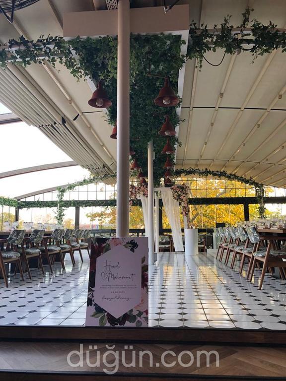 Ganache Patisserie & Cafe Restaurant