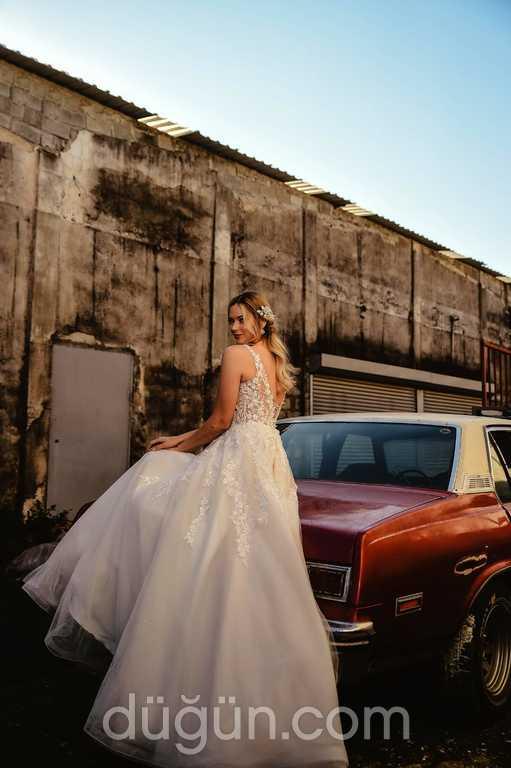 Needle Wedding Dress