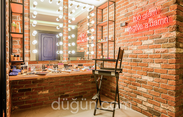 Ala Make Up Studio