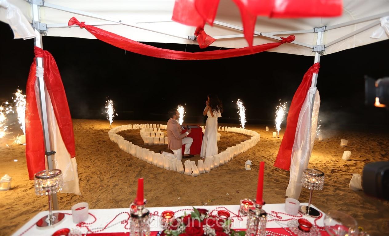 Sürprizler Diyarı - Evlilik Teklifi