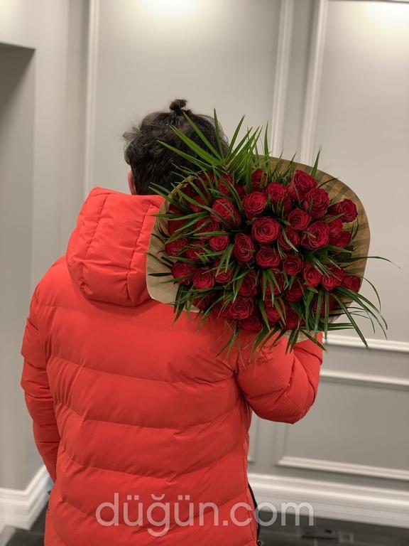 Academia Flowers