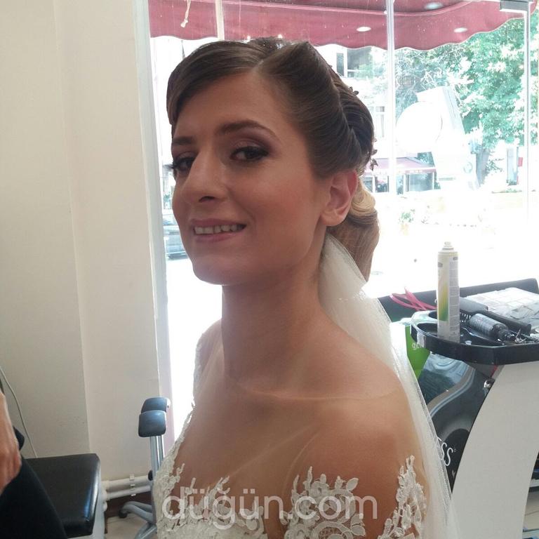 Eylül Bakır Make-up Artist