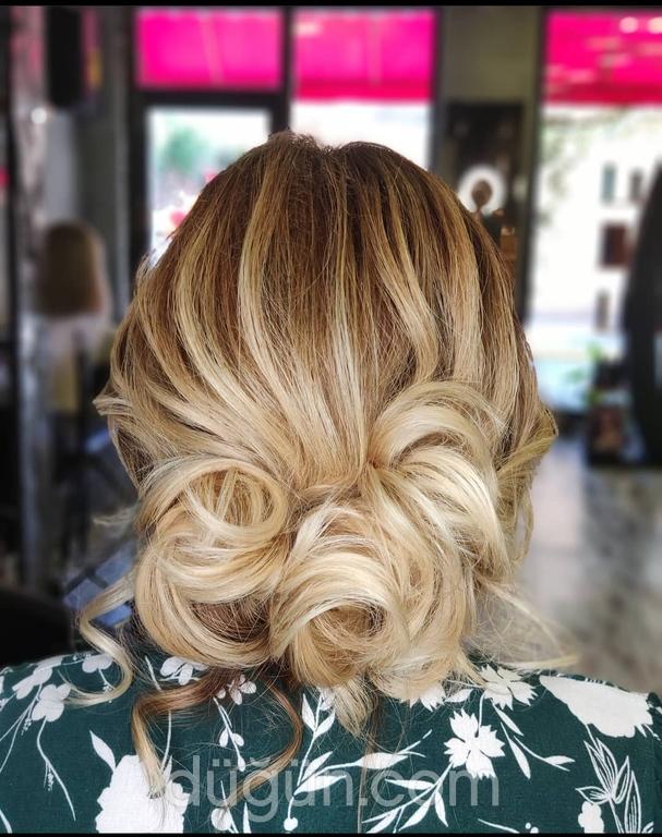 Saçkaran Saç Tasarım