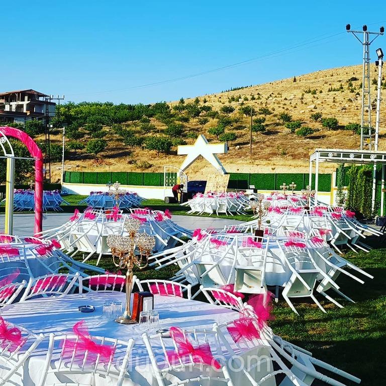 Üçgen Park Kır Düğünü