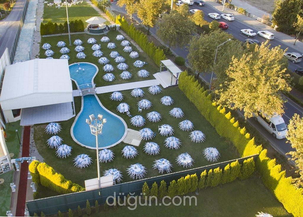 Festival Havuzlu Kır Düğün Salonları