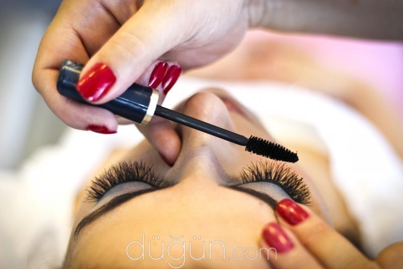 Demet Make-Up Studio