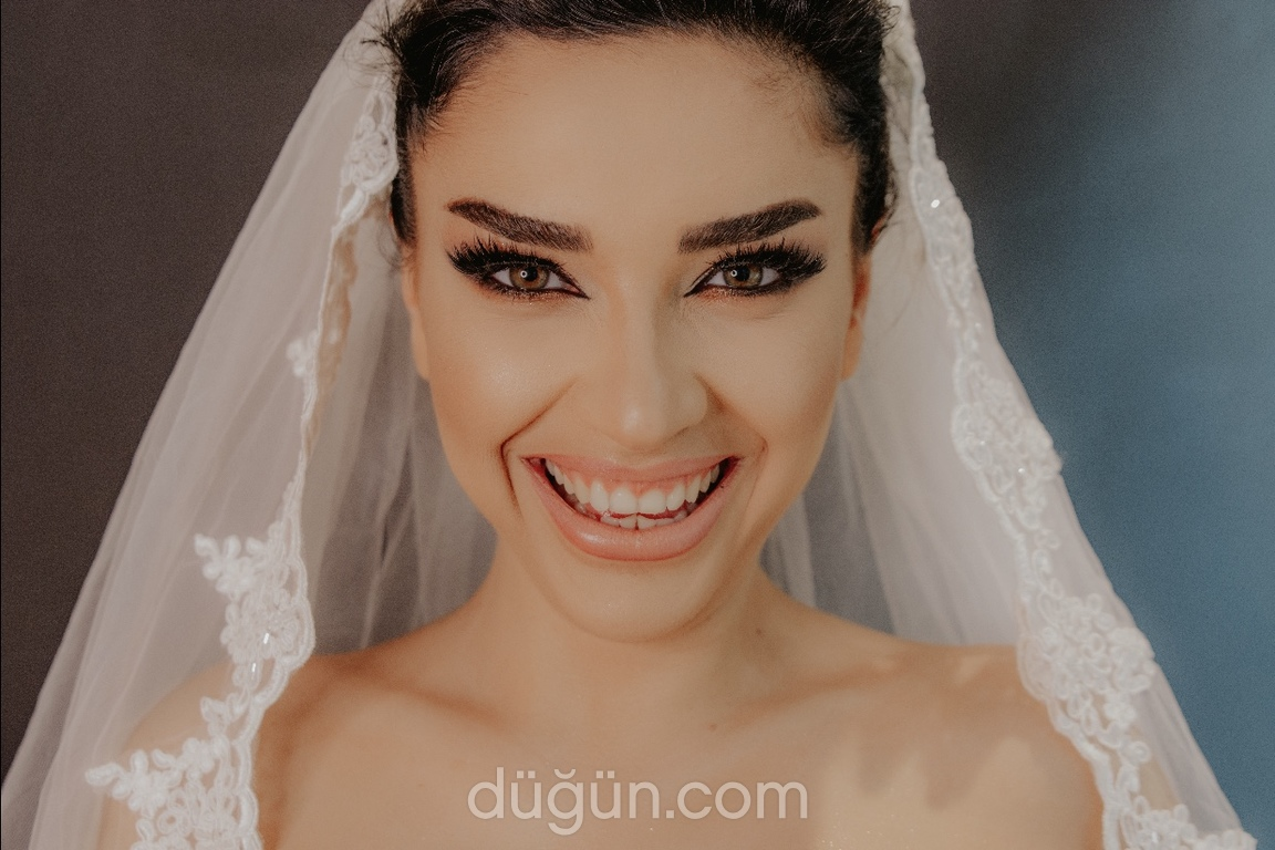 Gizem Sagin Make Up Pro Artist
