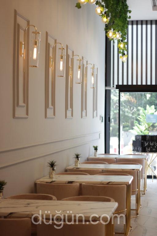 Mon Petite Cafe & Restoran