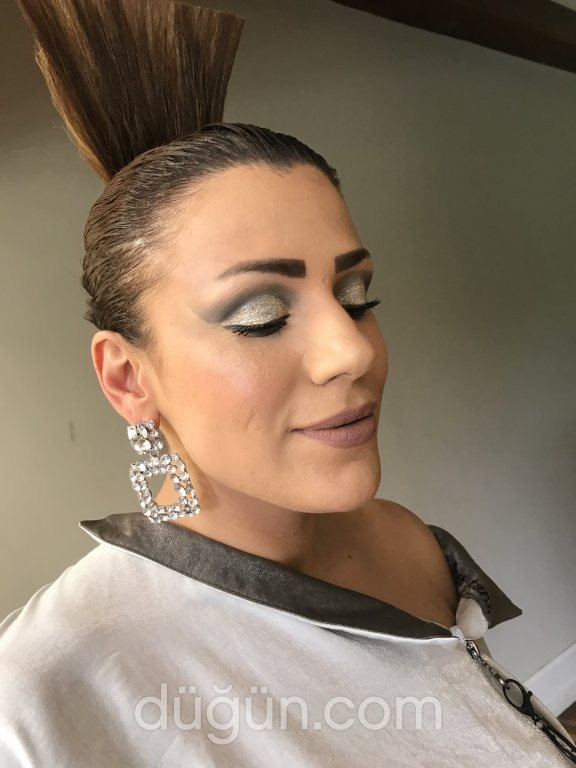 Make Up By Buse