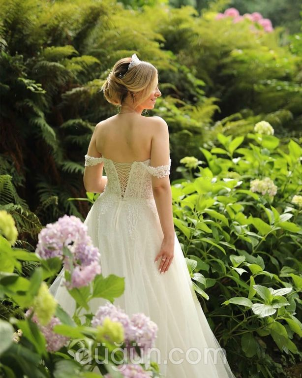 Lima Bloom Wedding Dress