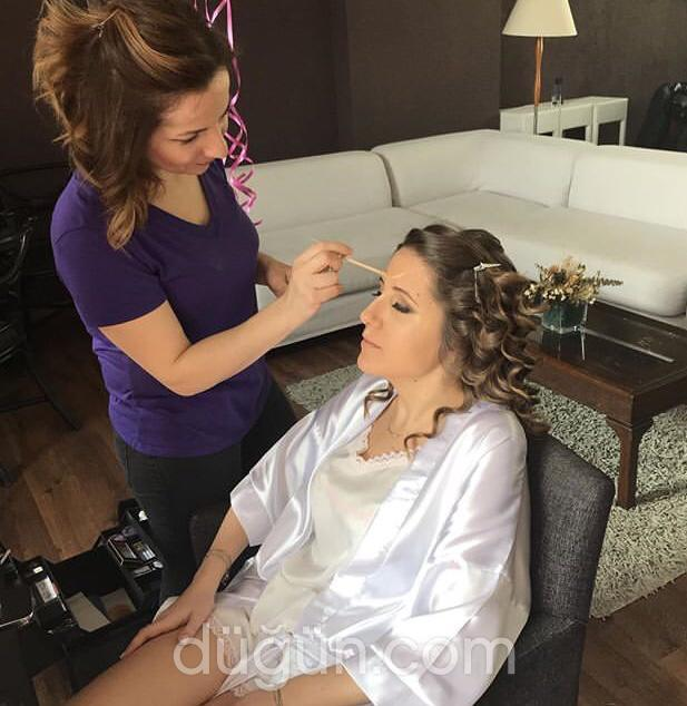 Make Up Artist Emine Yüksel