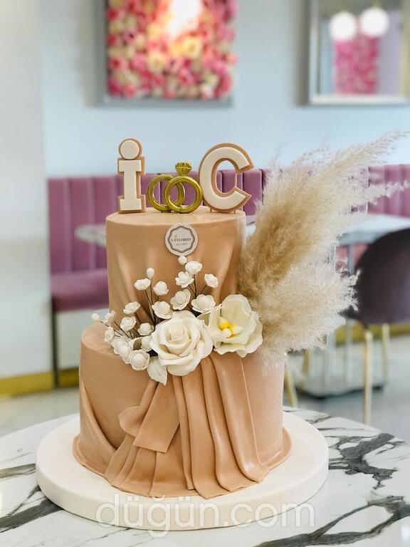 La Florist Düğün Pastası