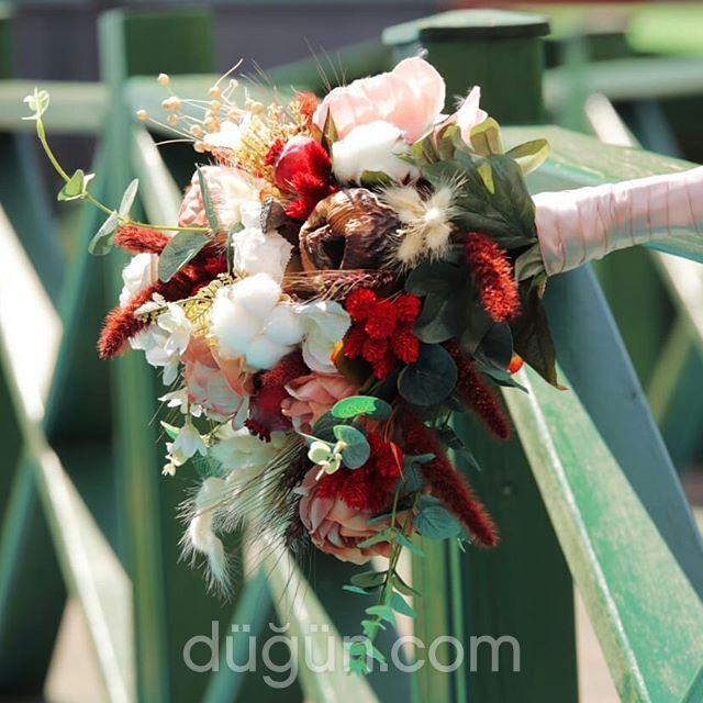 Lavinya Butik Flowers