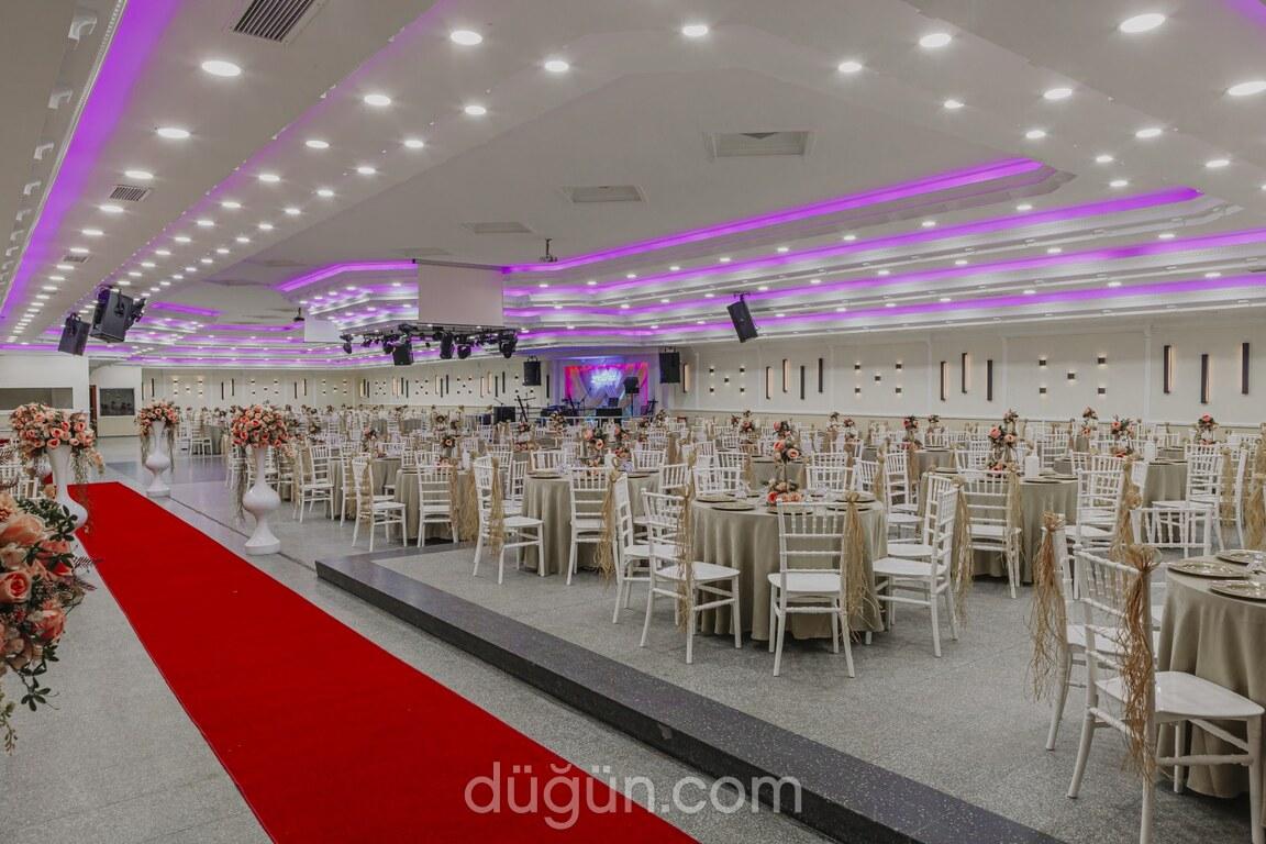 Zettina Düğün Davet & Balo Salonu