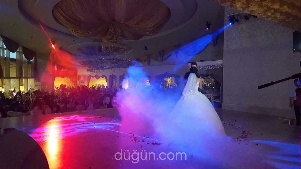 Harikalar Düğün Sarayı
