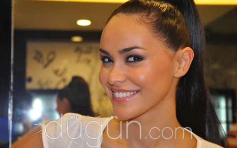 Face Art Make Up Studio&Saç Tasarım