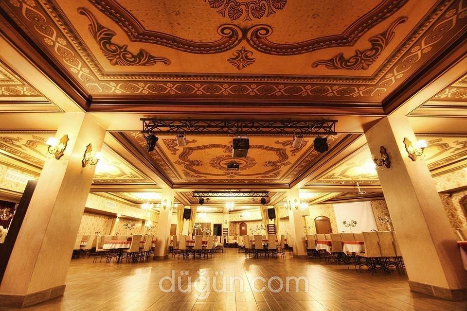 Çırağan Park Balo Düğün Davet Salonları