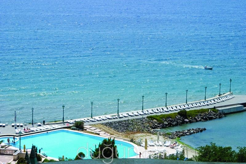 Klassis Resort Hotel