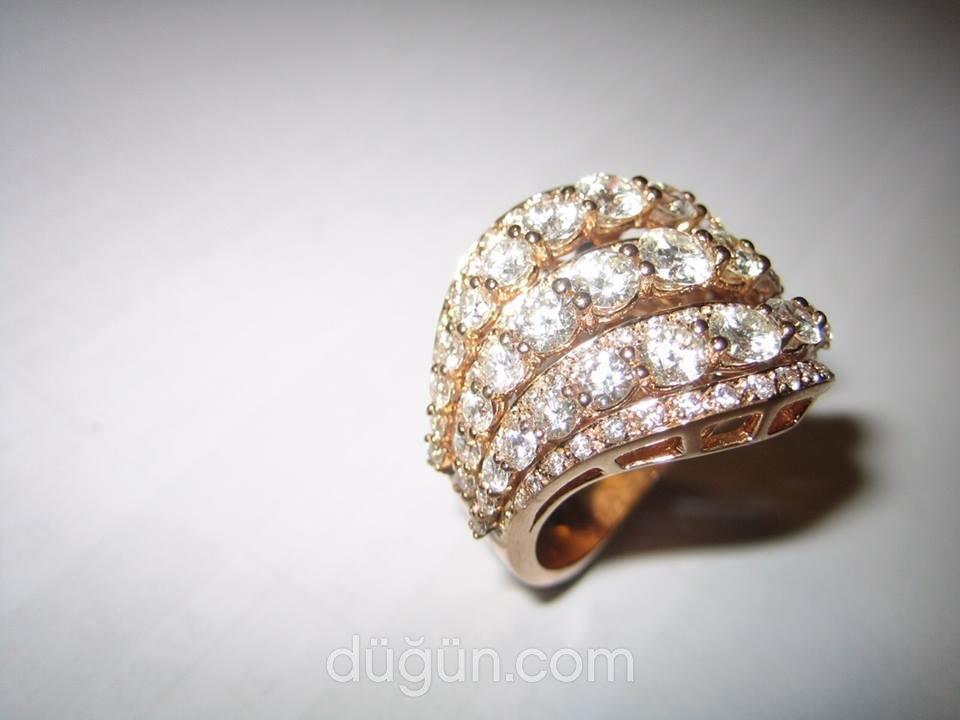 Mege Diamond