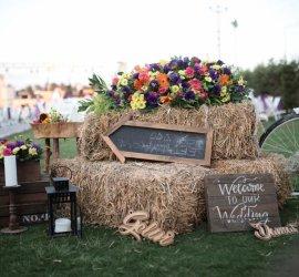 Düğün.com Çiftlerine Özel 300 Kişilik, %28 İndirimle 10.000 TL'den Başlayan Kokteyl Menü!