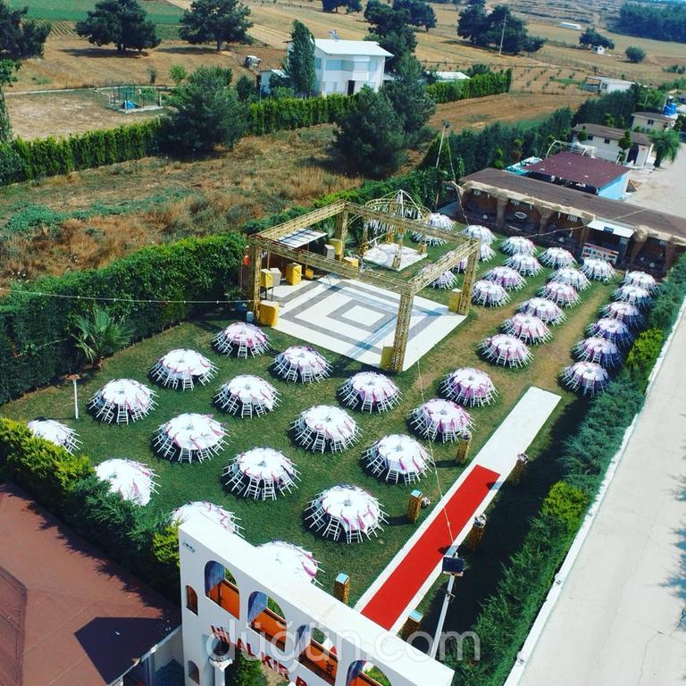 Sahra Sultan Düğün Salonları