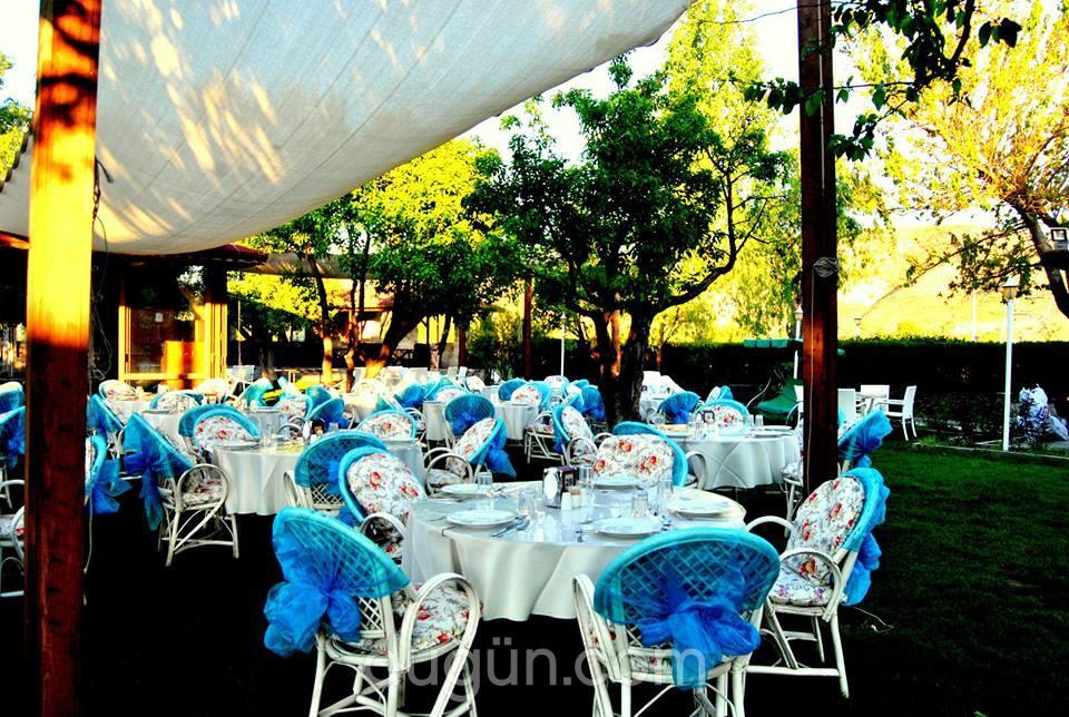 Akhal Teke Garden Restaurant