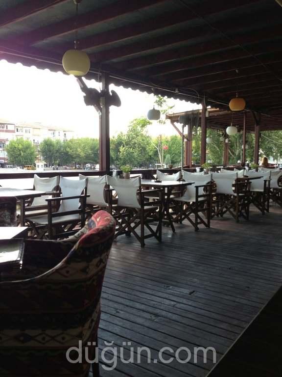 T-Cafe & Restaurant