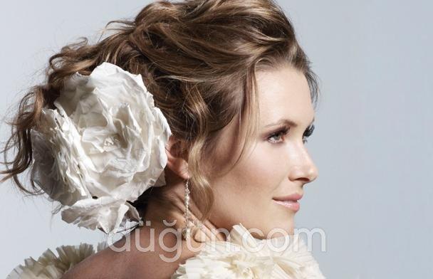 Auro Hair Design