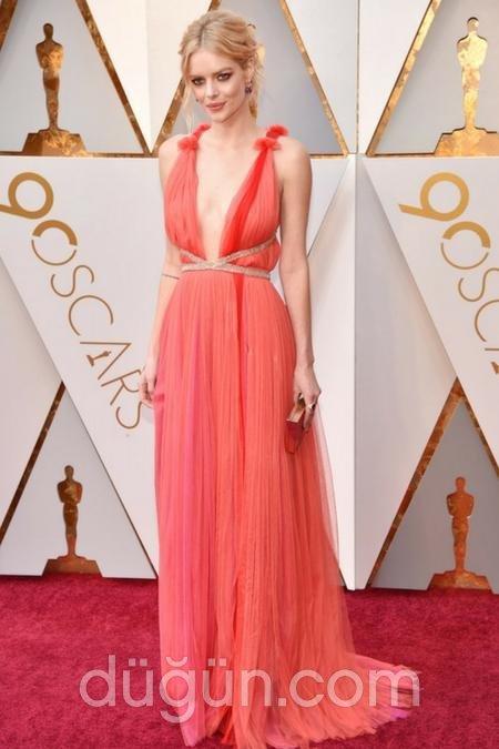 48762b0cfac51 2018 Oscar Kıyafetleri