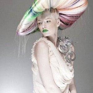 Sıradışı Gelin Saçı Modelleri