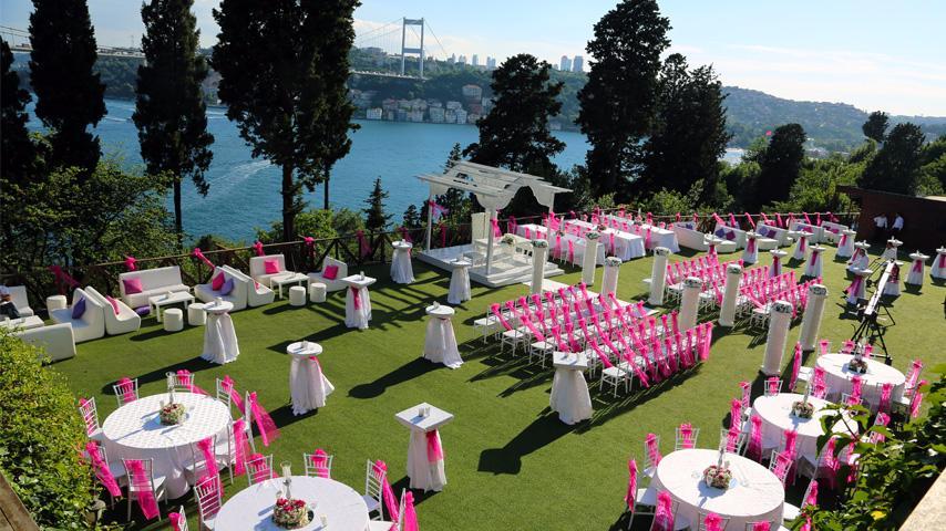 Kır Düğünü Fiyatlarını Merak Ediyorsanız Sizi Böyle Alalım!
